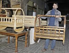 Tahta beşik geleneği Diyarbakır'da sürüyor