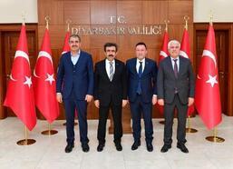 Vali Güzeloğlu, belediye başkanlarıyla buluştu
