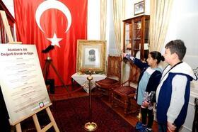 Atatürk'ün eşyaları Latife Hanım Köşkü'nde sergileniyor
