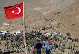 Hakkari'de, Vatan Tepe'ye 29 bin fidan dikildi