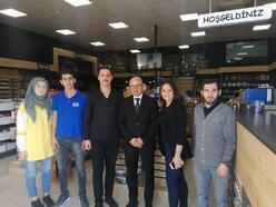 Altınova Belediye Başkanı Oral, esnafla kahvaltıda buluştu
