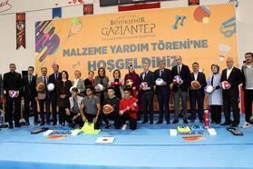 Gaziantep'te 518 okula spor malzemesi dağıtıldı