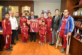 Altın Koza Ampute Futbol Takımı, Başkan Soner Çetin'i ziyaret etti