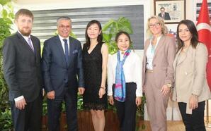 Çin heyeti Kemer'e hayran oldu