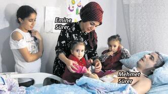 Türküleriyle umut oluyor
