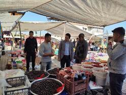 Kaymakam Kayabaşı, semt pazarını ziyareti etti