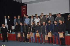Kan bağışı yapan 91 kişi madalya aldı
