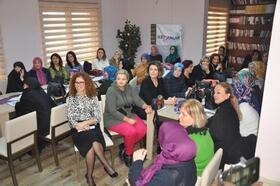 Orhangazi'de kadın sağlığı semineri verildi