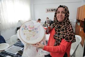 Nilüfer Belediyesi'nden Altınşehirli kadınlara destek