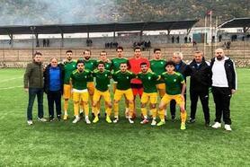 Altınova Belediyespor ligin ilk yarısını lider tamamladı