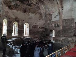 Üniversite öğrencileri Bursa'nın tarihi ve turistik yerlerini ücretsiz geziyor