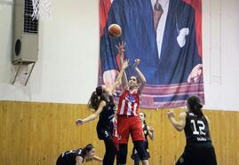 Isparta basketbolda bölge şampiyonu