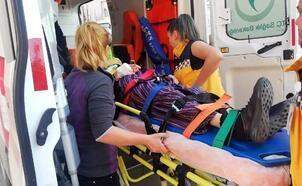 Cipin çarptığı yaşlı kadın yaralandı