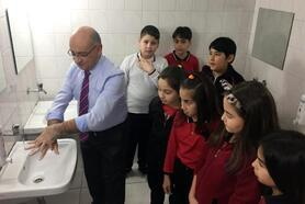 Uzmandan çocuklara el yıkama uyarısı