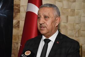 Başkan Zeybek: 81 ilde 81 okula lokum göndereceğiz
