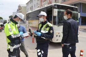 Serik'te polisten koronavirüs uygulaması