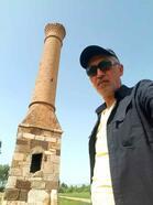 Kırık Minare görenleri şaşırtıyor