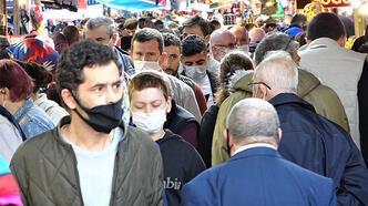 Bursa'da çarşı pazarda adım atacak yer kalmadı