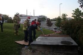 Kağıthane'de kapağın kırılmasıyla 5 metreden depoya düşen kişi yaralandı