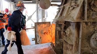 Van'da 5 ton uyuşturucu, 1100 derecelik fırınlarda yakılarak imha edildi