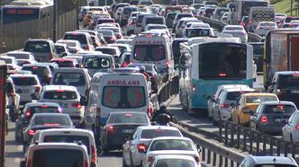İstanbul'da trafik yoğunluğu... Böyle görüntülendi