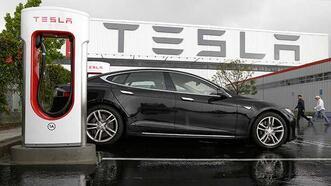 Tesla, Toyota'yı 'solladı'