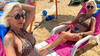 Billur Kalkavan leopar desenli bikinisiyle poz verdi