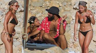 Rita Ora yeni sevgilisiyle plajda görüntülendi!