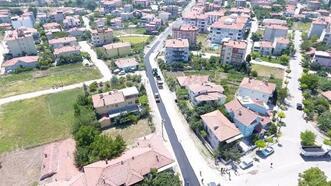 Balıkesir Büyükşehir Belediyesi, ilçelerin yollarını yeniliyor