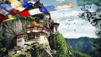 Dağlar arasında gizemli ülke Bhutan