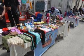 Bilecik'te, üretici kadınlar pazarı açıldı