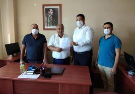AK Parti Silifke İlçe Başkanı Kurt, mazbatasını aldı