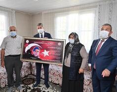 Vali Yılmaz'dan, Şehit Uzman Ertuğrul Köse'nin ailesine ziyaret