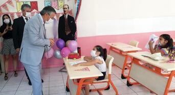 Başkan Topaloğlu öğrencilerle buluştu