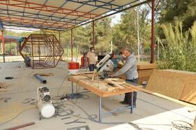 Mersin Büyükşehir, 'bal evi' üretmeye başladı