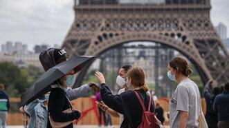 Fransa'da günlük vaka sayısı 5 binin altına indi
