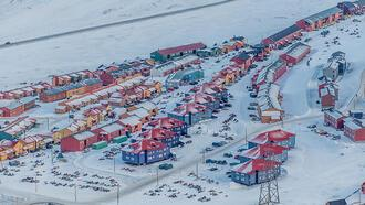 Dünyanın en kuzeyindeki yerleşim Svalbard