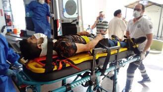 Otomobil ile motosikletin çarpıştığı kaza 2 kişi yaralandı
