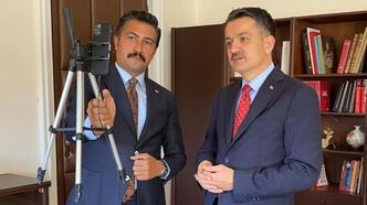 Bakan Pakdemirli ve Özkan, Denizlili muhtarlarla video konferansla görüştü