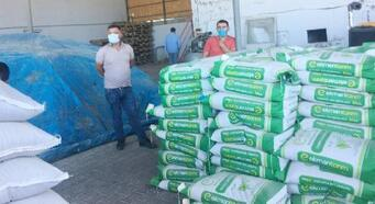 Karakoçan'da çiftçiye tohum desteği