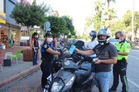 Alanya'da motosiklet sürücüleri denetlendi