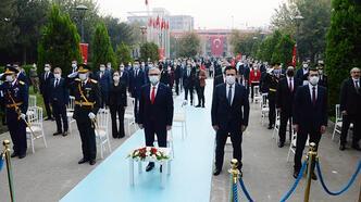 Cumhuriyetin 97'nci yıl dönümü Diyarbakır'da coşkuyla kutlandı
