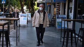 Yunanistan'da koronavirüs önlemleri sıkılaştırılıyor