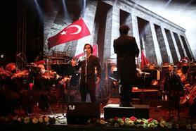 Gazi Mustafa Kemal, sevdiği şarkılarla anıldı