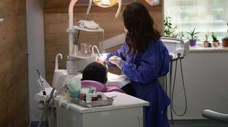 Diş Teknisyeni Nedir, Nasıl Olunur? Diş Teknisyenliği Mezunu Ne İş Yapar?