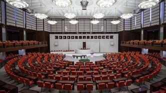 Meclis'te 'tutanak değiştirme' istifası