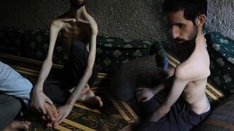 Hikayesini AA'nın duyurduğu engelli gence Türk Kızılay sahip çıktı