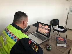 Jandarma EBA üzerinden öğrencilere trafik eğitimi verdi