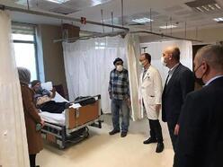 İznik'te AK Parti heyetinden hastalara moral ziyareti