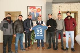 Develi Erciyesspor'dan Başkan Cabbar'a ziyaret